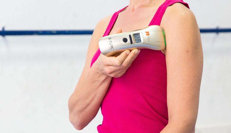 a könyökízület posztraumás bursitisének kezelése ízületi fájdalom esetén gőzölhető ki