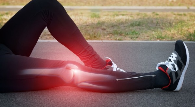 térdfájdalom kezelés járás közben