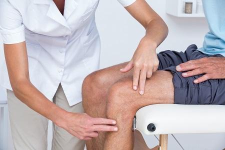 Tippek a térdfájdalom enyhítésére - Egészséges ízületek