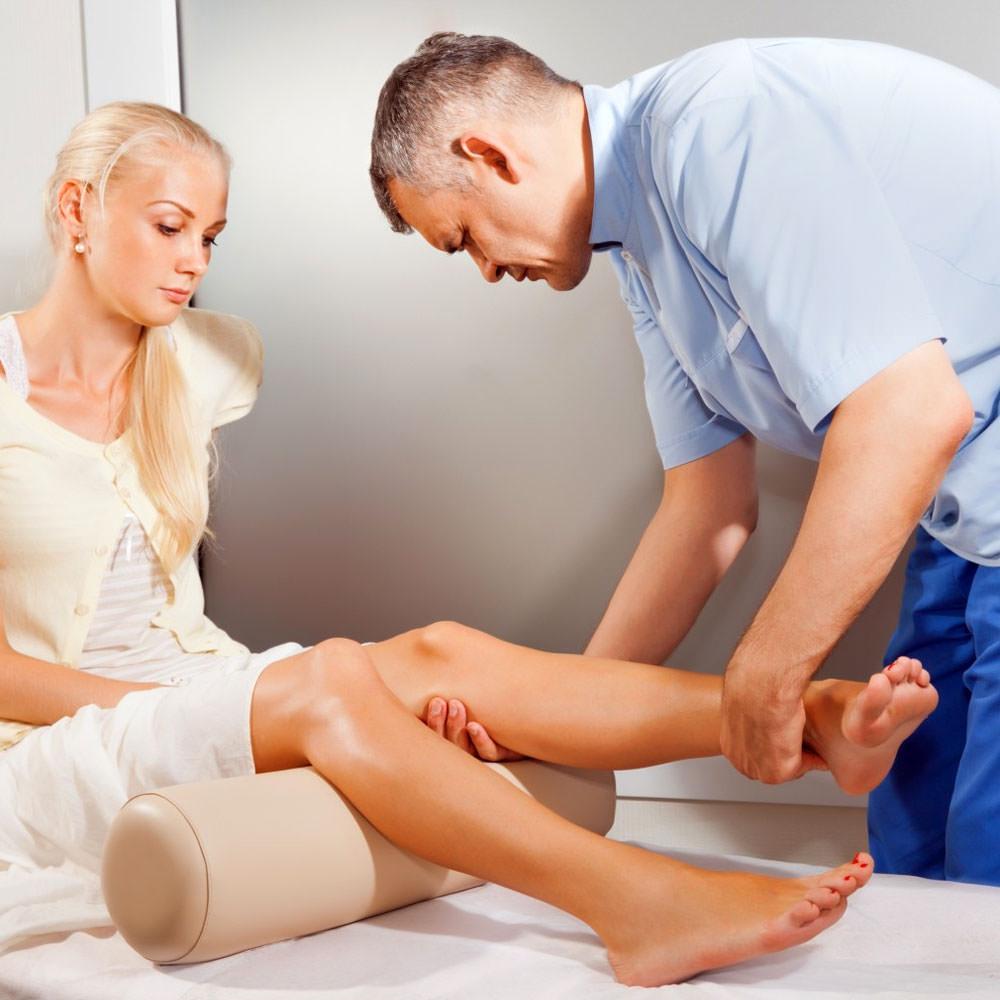 a térdízületben elviselhetetlen fájdalom gerincvelő csontritkulás gyógyszeres kezelése
