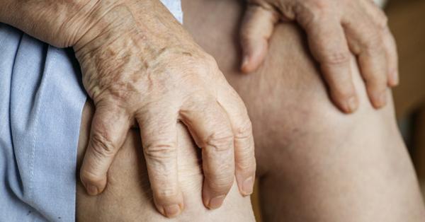 fájó ízületi fájdalmak, különösen az időjárási viszonyok miatt