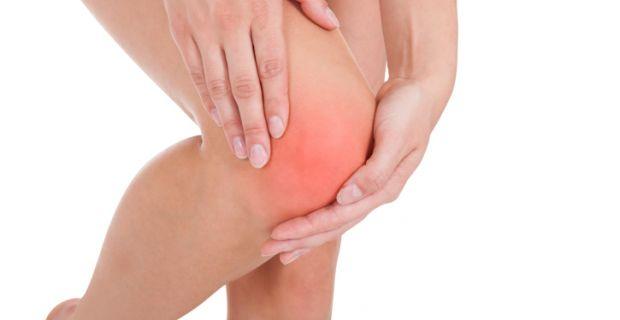 fájó térdízület fájdalmasan meghajlik