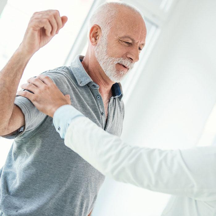 mi segít a váll fájdalomnál