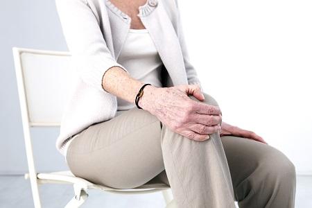 a csípőízületi kezelés kezdeti stádiuma ízületi fájdalom hányinger fejfájás