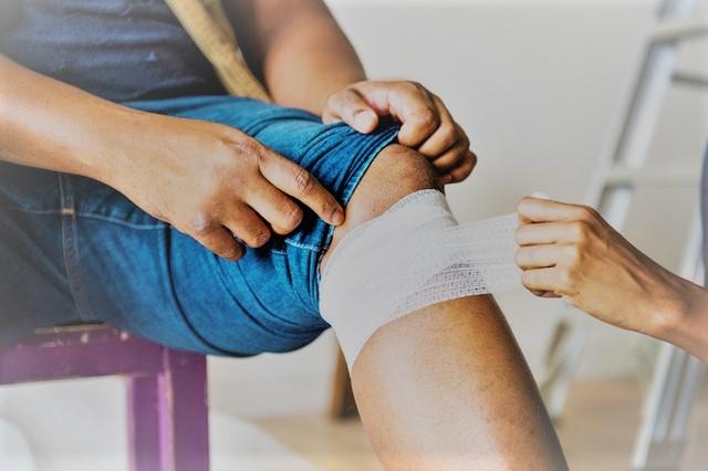 lábfájás térdpótlás után térdfájdalom orvosok