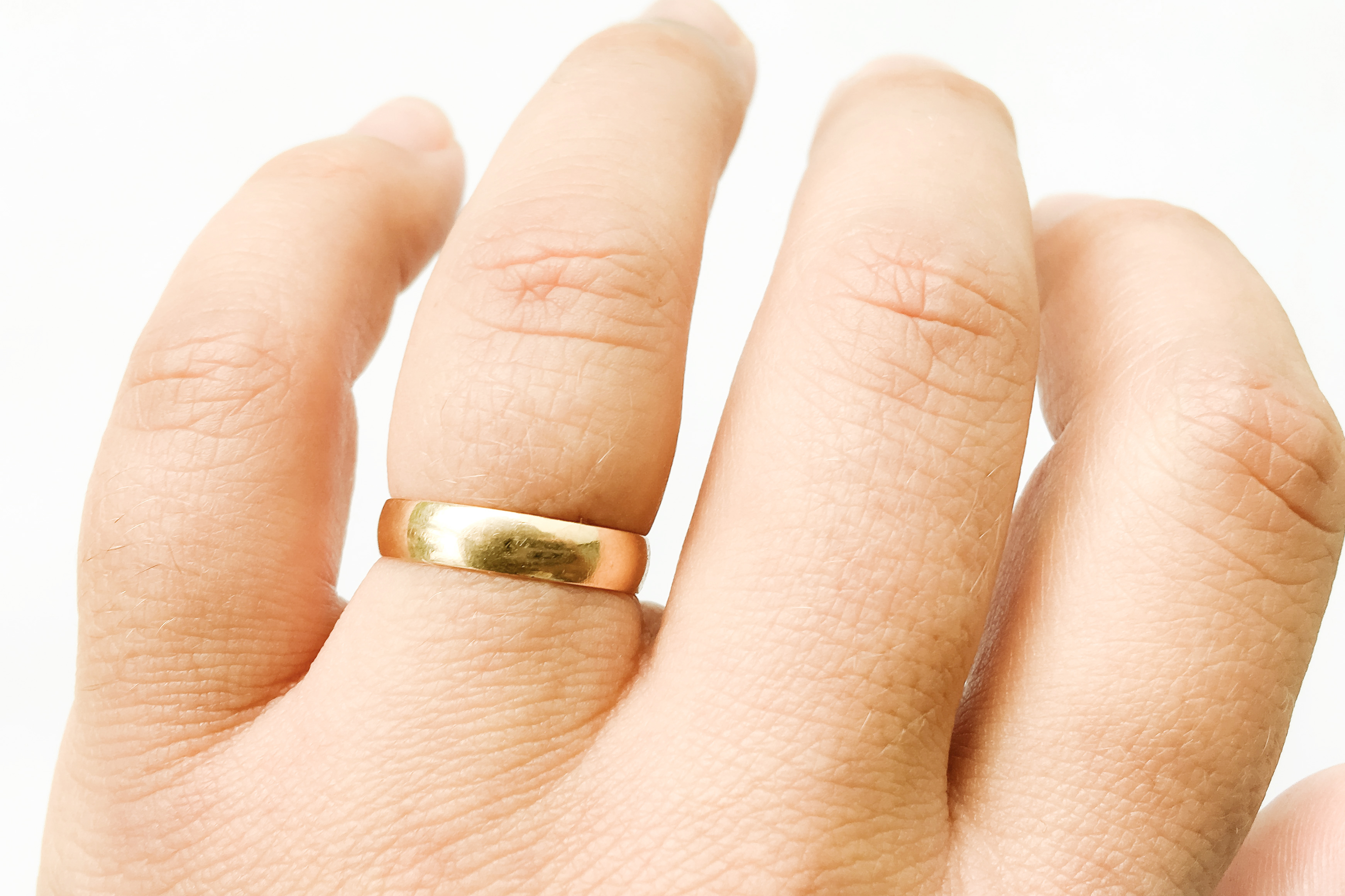 az ujjak ízületei alvás után duzzadnak