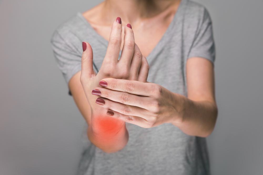 rheumatoid arthritis lábujjak tünetei a saroklábak ízületei