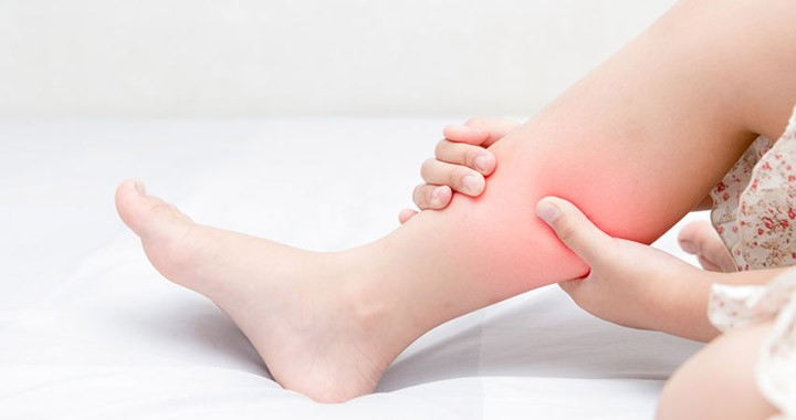 a lábak ízületeiben vándorló fájdalom okokat okoz allergiák és ízületi gyulladások