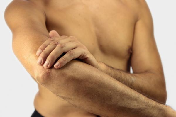 könyökízület betegség fájdalom a kéz ízületeiben reggel
