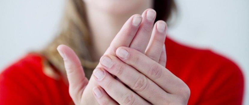 ízületi fájdalom és kiütés felnőttnél